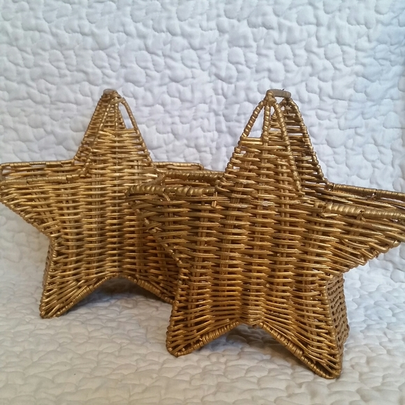 Pair Gold Painted Woven Wicker Star Baskets Decor